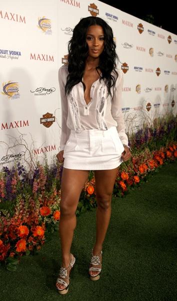 Ciara hot in versace shoes joy loves fashionjoy loves fashion