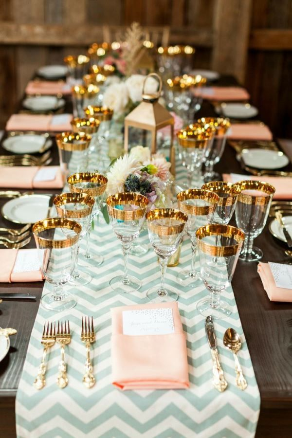 Blush-Pink-and-Gold-Reception-Table